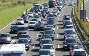 Gužve na prometnicama (Foto: Zarko Basic/PIXSELL)