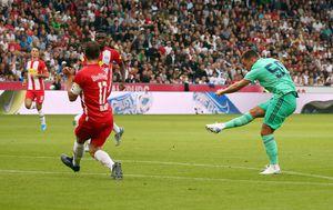 Eden Hazard zabija Salzburgu (Foto: AFP)