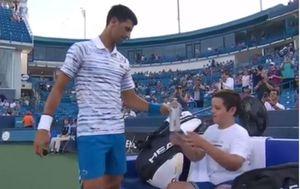 Novak Đoković i dječak (Screenshot ATP)