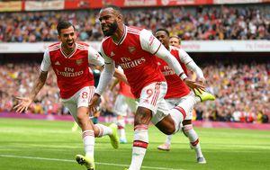 Arsenal zabija pogodak (Foto: AFP)