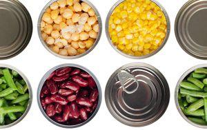 Hrana u limenkama - ilustracija