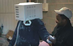 Jay Swingler je mogao poginuti zbog šake klikova (FOTO: YouTube/Screenshot)