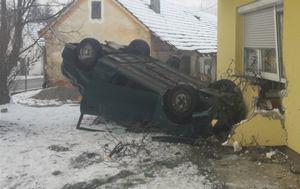 Prevrnuo se na krov u Loboru (Foto: Zagorje.com)