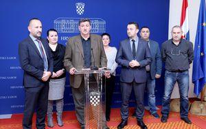 Konferencija za medije Hrvoja Zekanovića i Željka Sačića (Foto: Patrik Macek/PIXSELL)