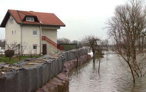 Poplave u Karlovcu (Foto: Dnevnik.hr) - 2