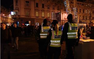 Policija čini Advent sigurnijim (Foto: Dnevnik.hr) - 3