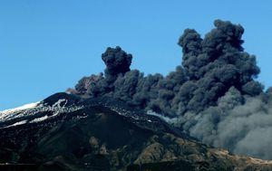 Erupcija Etne (Foto: AFP)