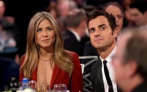 Rastaju se Jennifer Aniston i Justin Theroux (Foto: AFP)
