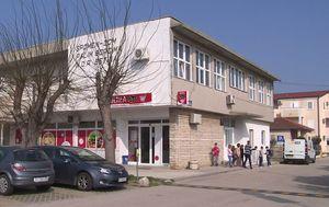 Zgrada u Betini u kojoj đaci imaju nastavu (Foto: DNEVNIK.hr)