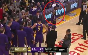 Time-out Lakersa (Screenshot Youtube)