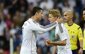 Cristiano Ronaldo i Martin Odegaard (Foto: AFP)