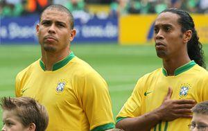 Ronaldo i Ronaldinho (Foto: AFP)