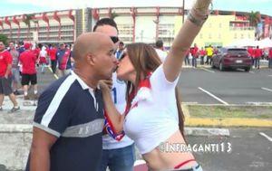 Panamskim navijačima nije bilo na kraj pameti da će ih nakon poljupca s druge strane dočekati duboki muški glas (FOTO: Screenshot)