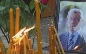 Ispraćaj Olivera Ivanovića u Kosovskoj Mitrovici (Video: Dnevnik Nove TV) - 4