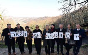 'Drži se, Andro!' (Foto: Facebook/Kolinda Grabar-Kitarović)