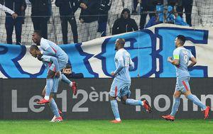 Fabinho slavi pogodak s igračima Monaca (Foto: AFP)
