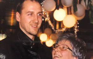 Dino Rađa s majkom Dunjom (Foto: Facebook)