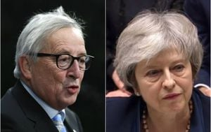 Jean-Claude Juncker, Theresa May (Foto: AFP)