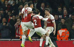 Slavlje Arsenala (Foto: AFP)