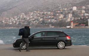 Orkanska bura paralizirala priobalje (Foto: Dnevnik.hr) - 3