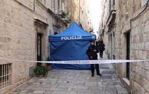 Policijski očevid u Dubrovniku na mjestu trostrukog ubojstva (Foto: Grgo Jelavic/PIXSELL) - 2