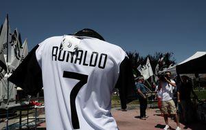 U Torinu se već prodaju Ronaldovi dresovi Juventusa (Foto: AFP)