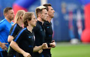 Luka Modrić, Ivan Rakitić, Mario Mandžukić (Foto: AFP)