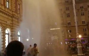 Gejzir na Trgu bana Jelačića (Foto: Dnevnik.hr)