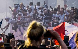 Slavlje u Parizu (Foto: AFP) - 3