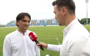 Milan Stjelja razgovara sa Zlatkom Dalićem (Foto: Dnevnik.hr) - 2