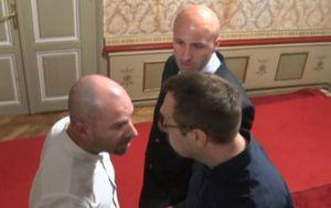 Sukob Karačića i Tomaševića u Skupštini (Video: Vijesti Nove TV u 14)