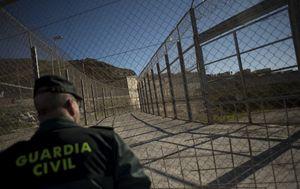 Civilna zaštita kod Ceute (Foto: AFP)