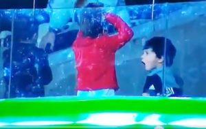 Mateo Messi nakon obrane Alissona njegovom ocu (Screenshot)