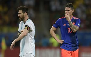Lionel Messi i James Rodriguez (Foto: AFP)
