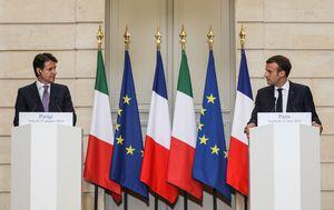 Talijanski premijer Giuseppe Conte i francuski predsjednik Emmanuel Macron (Foto: AFP)