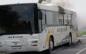 U Brezovici se zapalio autobus (Foto: Dnevnik.hr)