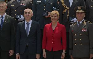 HDZ požuruje predsjednicu (Foto: Dnevnik.hr) - 3