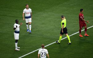 Penal dosuđen za Liverpool u prvoj minuti finala Lige prvaka (Foto: Joe Giddens/Press Association/PIXSELL)