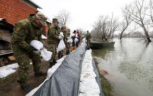 Izvanredno stanje u Jasenovcu (Foto: Robert Anic/PIXSELL) - 5