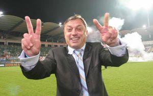 Cico Kranjčar slavi remi u Budimpešti 2005. s kojim je Hrvatska izborila plasman na Svjetsko prventsvo u Njemačkoj (Foto: Željko Lukunić/PIXSELL)
