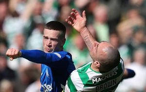 Ryan Kent i Scott Brown (Foto: Andrew Milligan/Press Association/PIXSELL)