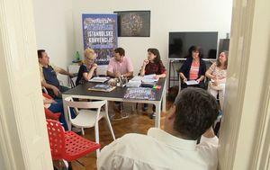 Počelo prikupljanje potpisa za dva referenduma (Foto: Dnevnik.hr) - 2