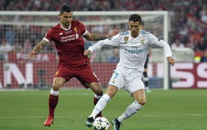 Dejan Lovren i Cristiano Ronaldo (Foto: AFP)