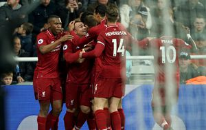 Slavlje igrača Liverpoola (Foto: Owen Humphreys/Press Association/PIXSELL)