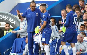 Mateo Kovačić, Eden Hazard i Maurizio Sarri (Foto: AFP)