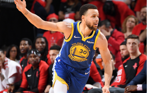 Curry slavi postizanje poena (Foto: AFP)
