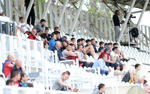 Gledatelji na stadionu u Kranjčevićevoj (Foto: Luka Stanzl/PIXSELL)