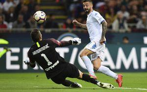 Samir Handanović brani zicer Empoliju (Foto: AFP)
