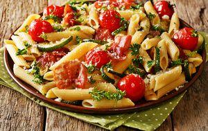 Tjestenina s tikvicama, rajčicama i sirom