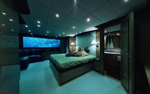 Lover's Deep Luxury Submarine - 1